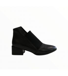 Čierne členkové topánky Epica