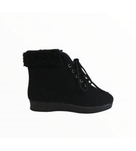 Čierne členkové papuče na...
